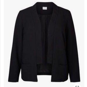 Black Tuxedo Style Crepe Blazer
